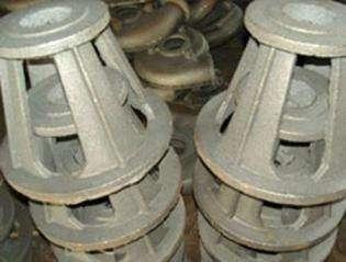 树脂砂铸造在铸件和铸型中间起到什么作用?